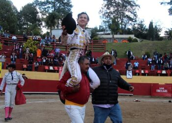 Miguel Aguilar, 'Triunfador' en Los Ibelles con tres orejas