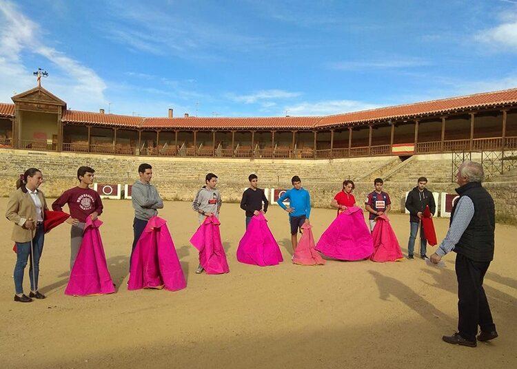 La Escuela de Medina de Rioseco inaugura un nuevo curso