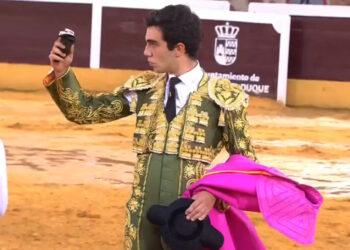 Tomás Rufo, oreja en el segundo (Directo: Herrera del Duque)