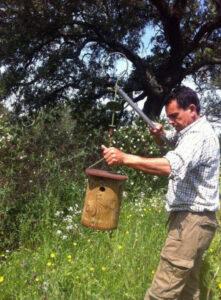 Francisco Volante: 'Cajas de biodiversidad para combatir las plagas creando vida y frenar la seca en la dehesas'