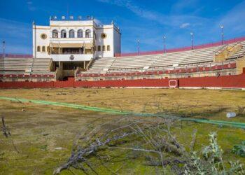 VOX Espartinas solicita el arreglo y la apertura de la plaza de toros