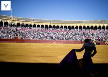 ¿Y si la temporada arrancara en La Maestranza de Sevilla?