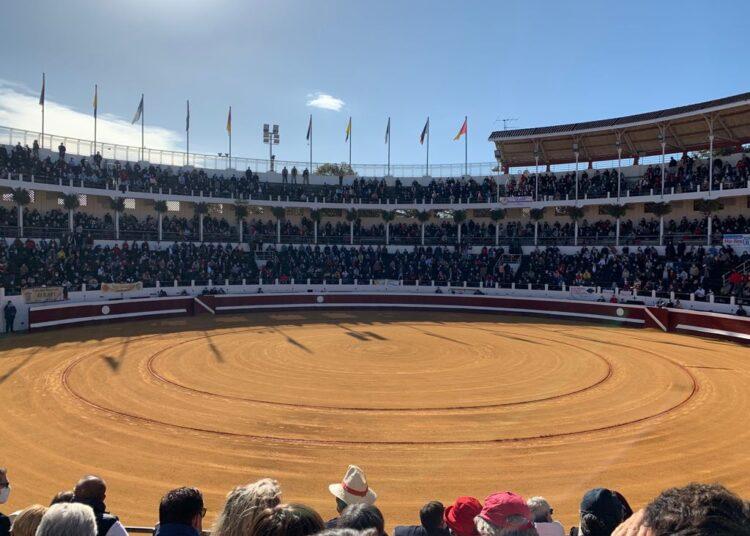 Francia estudia permitir la entrada de 5000 espectadores a eventos culturales
