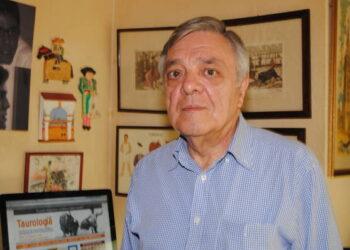 Fallece Antonio Petit Caro, periodista e ilustrado escritor taurino