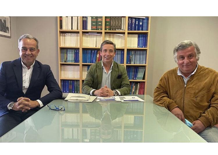 Pombeiro, Domínguez y Luis Garzón forman Iberia Toros