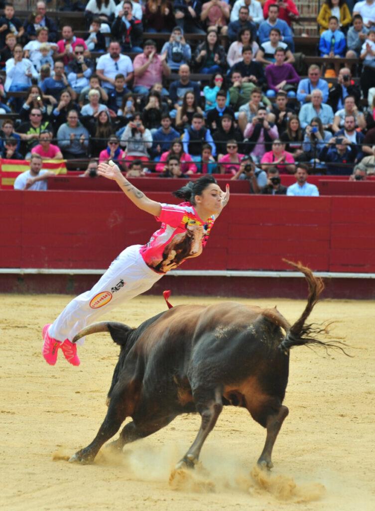 Sara Ávila, Castellón, recortadora, Sánchez Ibargüen, Día de la Mujer