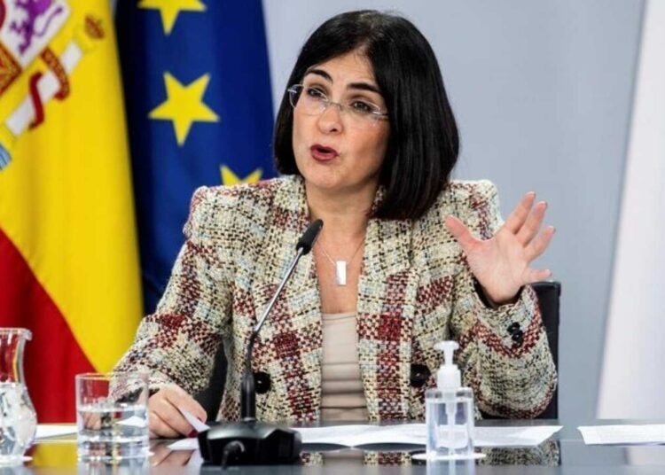 La ministra de Sanidad aplaza hasta mañana al mediodía la decisión sobre la celebración de las corridas de Sevilla