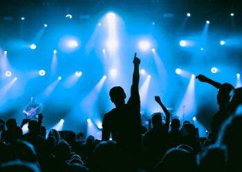 Concierto, música en vivo, eventos al aire libre