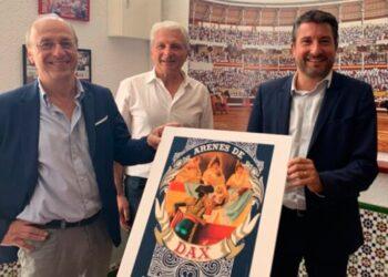 Pascal Daget, Eric Darrière y el alcalda Julien Dubois