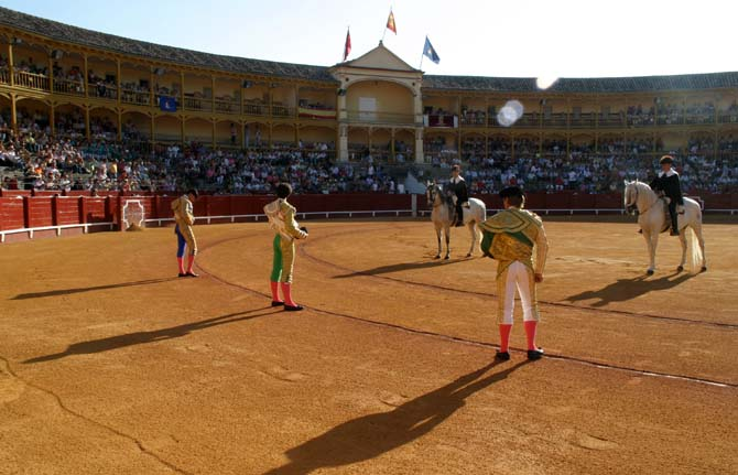Paseíllo en el bicentenario coso de Aranjuez I José Antonio de la Torre