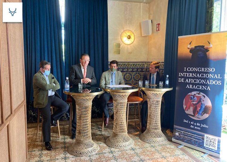 Presentado el I congreso internacional de aficionados taurinos que acogerá Aracena