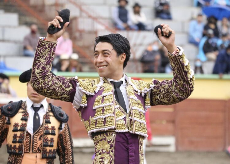 Sergio Flores, nombre destacado en Apizaco