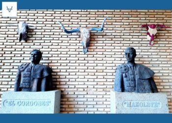 'La Puerta de los Califas' acoge una exposición de Pilar Castrillón