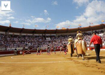 Mont de Marsan: 'Carteles de lujo y gesta de Ferrera con 'Adolfos'