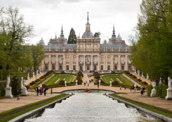 Palacio real situado en La Granja de San Ildefonso. Sierra de Guadarrama. Segovia