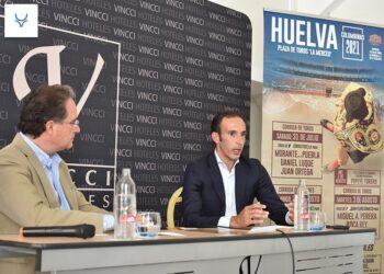 José Luis Pereda presenta sus Colombinas en Sevilla