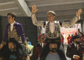 Guillermo y Pablo Hermoso, en hombros en Arévalo l PABLOHERMOSO.NET